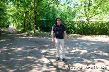 Gemeente houdt zandwegen stofvrij met … strooizout (Keerbergen) - Het Nieuwsblad
