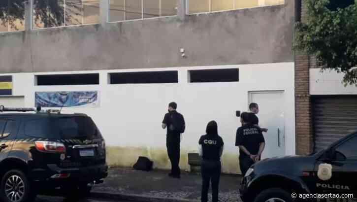 Prefeito de Candeias é preso após PF encontrar armas em sua residência durante operação - Agência Sertão