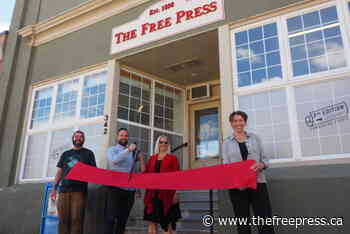 Fernie Chamber cuts the ribbon on 2nd Edition – The Free Press - The Free Press