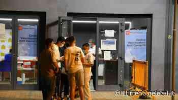 Vaccini anti-Covid, 1.209 maturandi prenotati in provincia - Il Tirreno