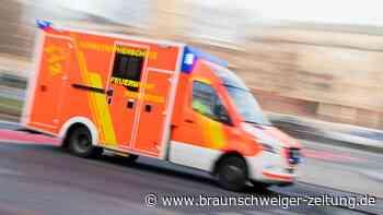 Fahrradfahrerin wird bei Unfall in Helmstedt schwer verletzt