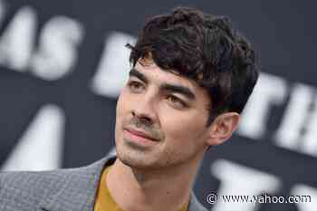 Joe Jonas Surprised a Jonas Brothers vs. One Direction-Themed SoulCycle Class - Yahoo Lifestyle