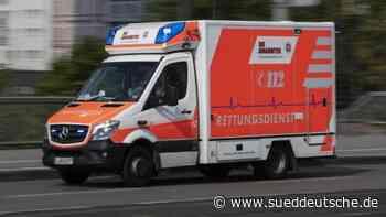Autofahrer erfasst zwei Motorradfahrer und verletzt sie - Süddeutsche Zeitung