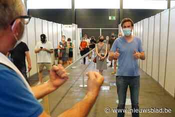Mathias De Clercq is 'team Moderna': Gentse burgemeester krijgt eerste vaccinprik