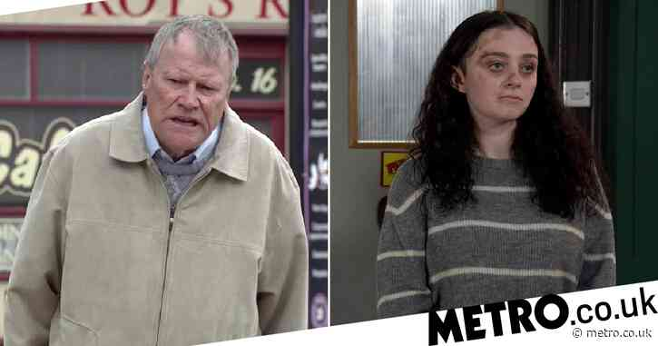 Coronation Street spoilers: Nina Lucas has a touching gift for emotional Roy Cropper
