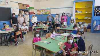 """Omegna, ai bimbi delle elementari Beltrami in dono un libro di Rodari: """"Incentiviamo la lettura"""" - La Stampa"""