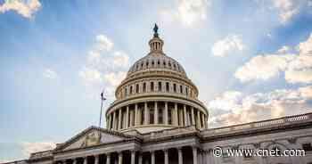 Senators unveil $40B bill aimed at closing the broadband divide     - CNET