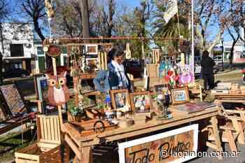 Fue otro sábado de Feria Ecofines y Ecocanje en el playón de la estación - La Opinion