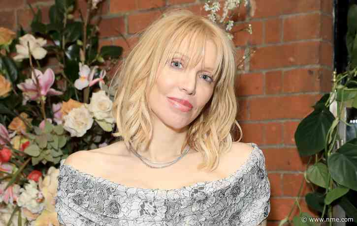 Courtney Love apologises after hitting out at Dave Grohl and Trent Reznor