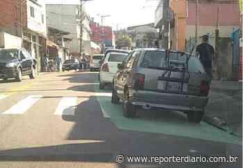 Com sinalização incompleta, faixa criada para pedestre em Diadema vira estacionamento - Repórter Diário