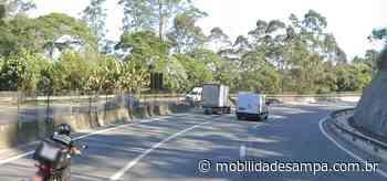 Acidente com caminhão na rodovia Raposo Tavares em Cotia - Mobilidade Sampa
