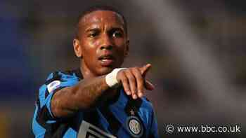 Burnley in talks with Ashley Young over move from Inter Milan