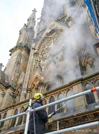 """Das """"Notre-Dame vom Feuersee"""": Kärcher kärchert Kirchenfassade in Stuttgart - Winnenden - Zeitungsverlag Waiblingen - Zeitungsverlag Waiblingen"""