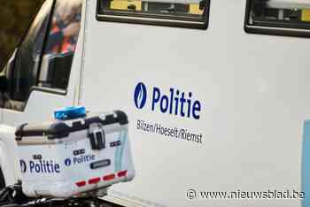 Trucker onder invloed van drugs blokkeert slagbomen aan overweg in Hoeselt - Het Nieuwsblad