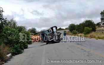 Vuelca camión de carga en Tlaxco - El Sol de Tlaxcala
