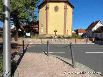 Umgefahrene Poller in Elsenfeld sorgen für Gesprächsstoff - Main-Echo