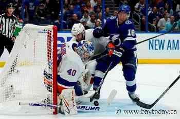 Kucherov shines, Lightning beat Islanders 4-2 in Game 2