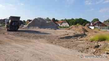 Baustelle in Eutin – Umleitung über B76: Lidl ist abgerissen – Lindenbruchgraben wird verlegt und Straßen voll gesperrt   shz.de - shz.de
