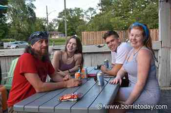Patio dining returns to Innisfil and customers are delighted (16 photos) - BarrieToday