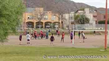 Suspendieron un partido de fútbol a orillas del lago San Roque - El Diario de Carlos Paz