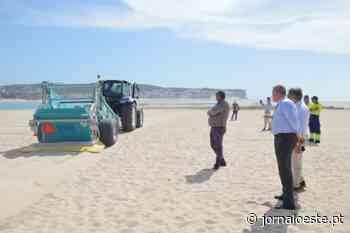 Nova viatura para limpeza do areal da praia da Foz do Arelho - Oeste Global