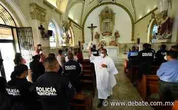Agradeciendo a Dios inician festejos del Día del Policía en Salvador Alvarado - Debate