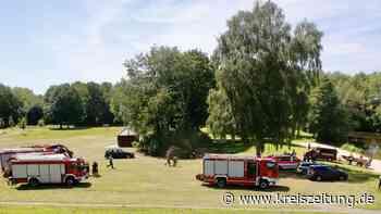 Rettungsmission am Mühlenkamp-See in Leeste: Polizei geht von vermisster Person im Wasser aus - kreiszeitung.de