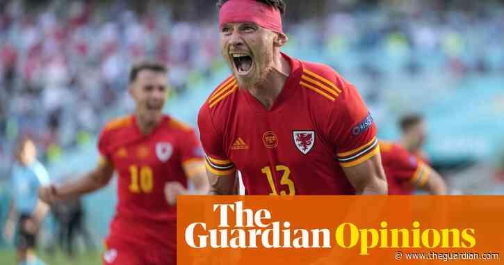 We were in a back garden not Baku, but when Wales scored it was still brilliant | Elis James