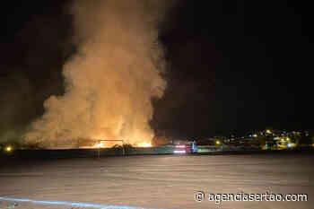 Incêndio atinge área de vegetação no Ifba em Brumado - Agência Sertão