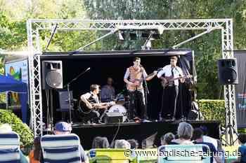 The Mean Musterds füllen den Kenzinger Bürgerpark im Beatles-Look - Kenzingen - Badische Zeitung