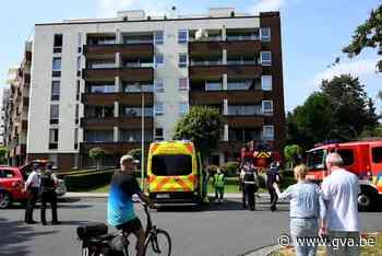 Brand in appartement: bewoner met brandwonden naar ziekenhui... (Edegem) - Gazet van Antwerpen