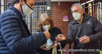Godoy Cruz: sigue en los barrios el canje de focos LED por halógenos o de bajo consumo - Sitio Andino