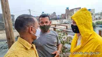 Prefeitura de Olinda realiza ação da Operação Inverno no Canal da Malária - Prefeitura de Olinda
