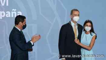 El Rey celebra su medalla de Andalucía con una estancia en Cádiz y Sevilla - La Vanguardia