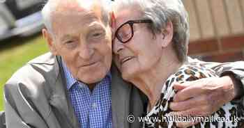 Tearful moment inseparable Hull twins, 92, are finally reunited after a year apart - Hull Live