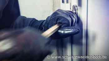 Diebe in Bad Herrenalb: Unbekannte brechen in Büro ein und stehlen Bargeld