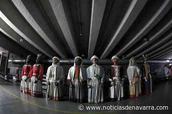 La Comparsa de Gigantes y Cabezudos pasa el verano en la Ciudadela - Noticias de Navarra