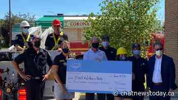 South Country Co-op donates $125000 to the Medicine Hat Food Bank - CHAT News Today