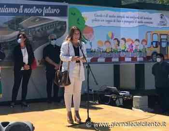 Linea millepiedi, formachine e lumachine: a Castellabate a scuola con 'pedibus' - Giornale del Cilento