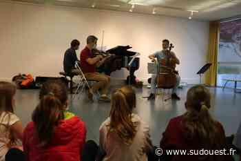 Hasparren : un voyage musical offert aux élèves du primaire - Sud Ouest