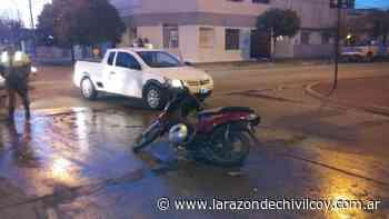 Choque entre camioneta y moto - La Razon de Chivilcoy