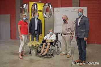 Marie krijgt tweede vaccin na haar 100ste verjaardag - Het Belang van Limburg