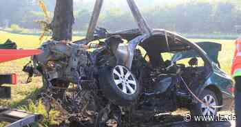 Autofahrer verbrennt in verunglücktem Mercedes bei Bad Driburg - Lippische Landes-Zeitung