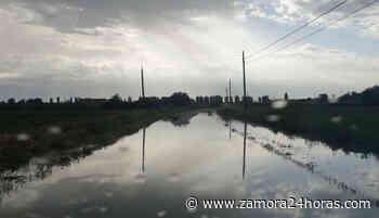 Cortada una carretera que une el alfoz con la capital zamorana por importantes balsas de agua - Zamora 24 Horas