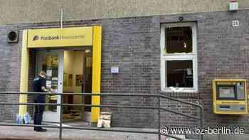 Unbekannte sprengen Geldautomat in Postbankfiliale Hermsdorf – BZ Berlin - B.Z. Berlin