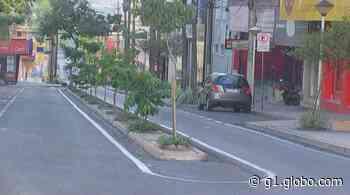 Medidas restritivas deixam ruas vazias em Catanduva; FOTOS - G1