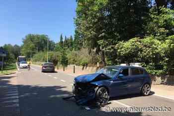File door ongeval met twee auto's in Lummen - Het Nieuwsblad
