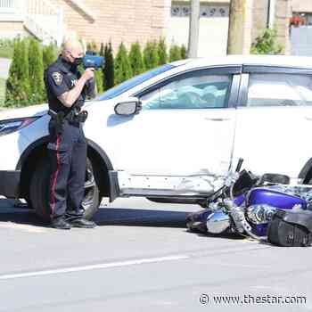 Simcoe Street and Wellington Avenue intersection in Oshawa closed due to motorcycle crash - Toronto Star