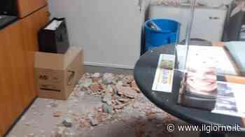 Cremona, con martello e piccone in tre rubano soldi e trofei alla società sportiva - IL GIORNO