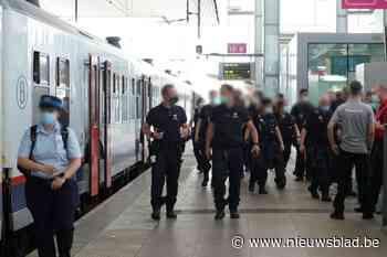 Geen reservatie? Terug de trein op. Politie viseert Brusselse jongeren in Gent-Sint-Pieters